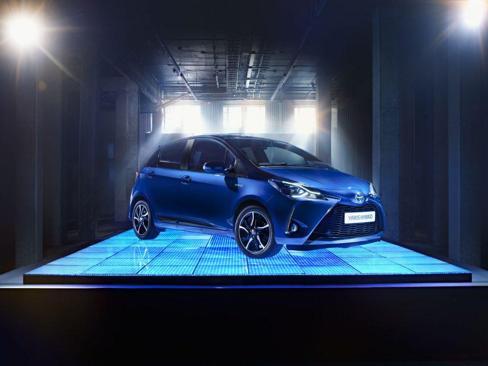 Toyota Yaris Hybrid dancefloor